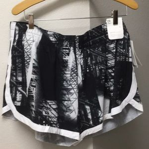 Gap fit shorts